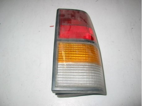 Canta LX tail light left