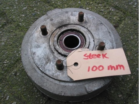 Brake drum rear plug 100 mm